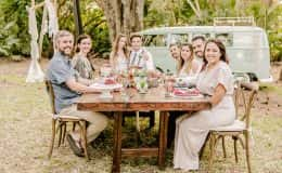 Farm table of love